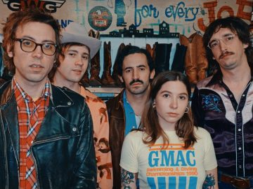 """""""OKAY WOW"""" – Daniel Romano and The Outfit"""